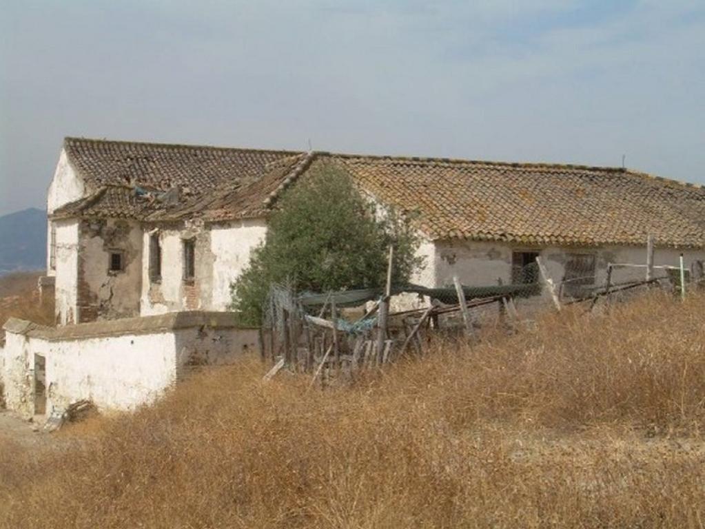 Farmstead in Palma-Palmilla, Málaga, Spain