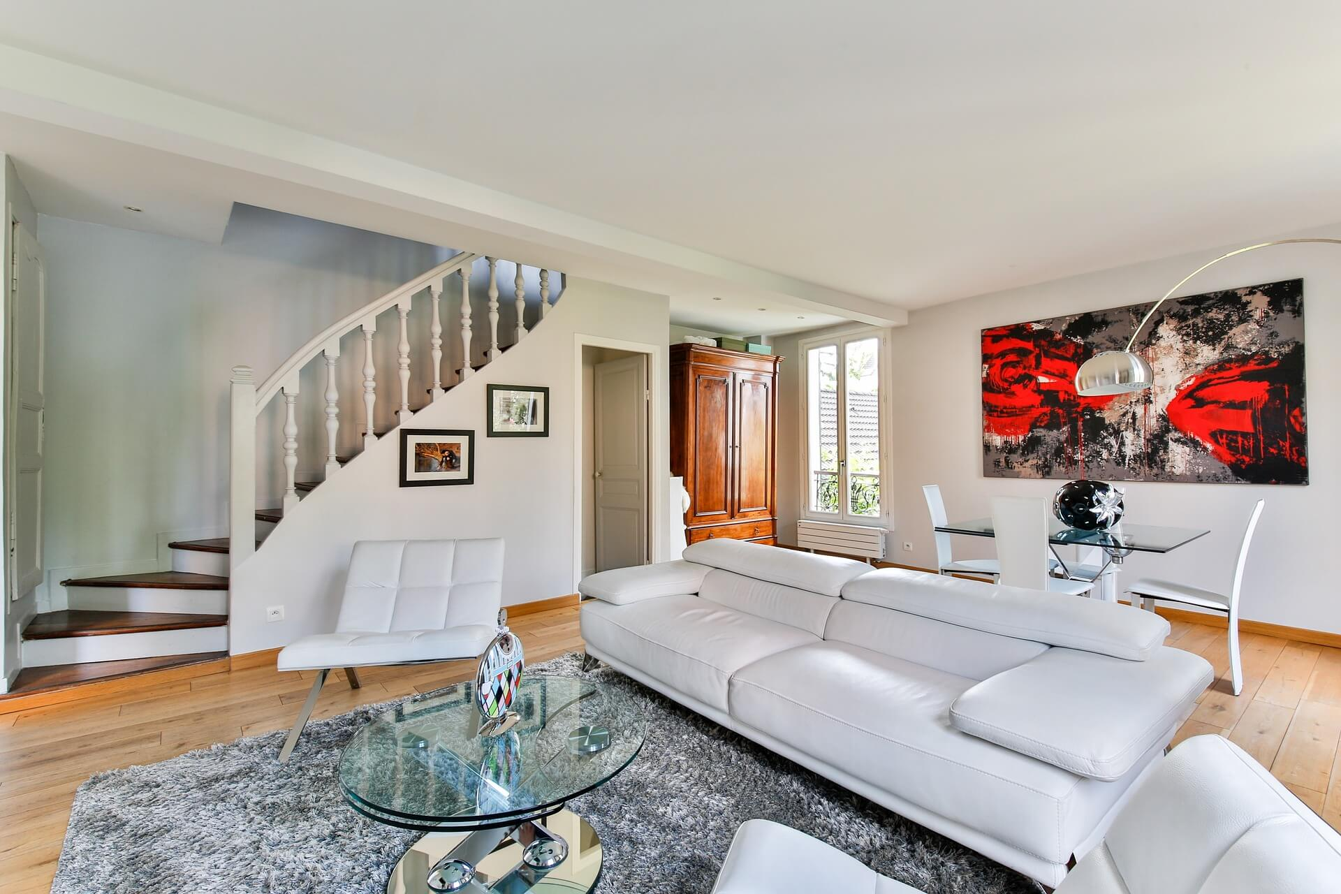 ¿Quieres que el salón de tu casa luzca ordenado y confortable?